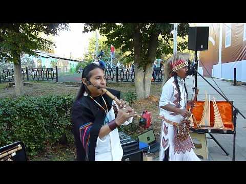 Ecuador Spirit & Sumac Kuyllur -- Ñusta de Otavalo -- 15.09, Dmitrov, P1090368