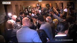 Shah Rukh Khan arrives in Toronto for IIFA Weekend 2011