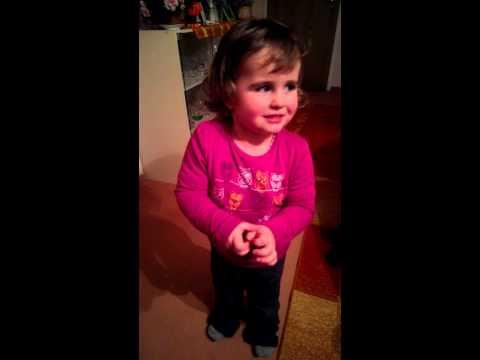 2 Jährige Lina aus Suhl singt das Rennsteiglied