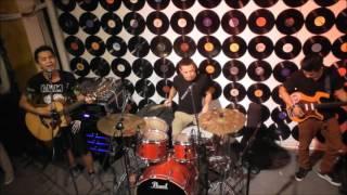 Zombie - Việt Dũng chơi guitar & hát cực phiêu, cùng trống cực phê tại G4U