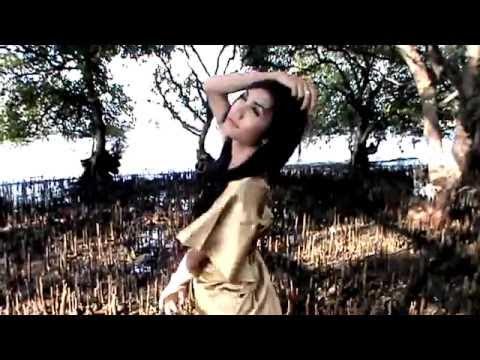 Mimpi Manis Dewi Persik, Erie Suzan dan Pamela Andersany