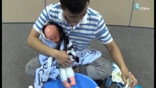 [YTON.vn] Mười bước tắm bé sơ sinh