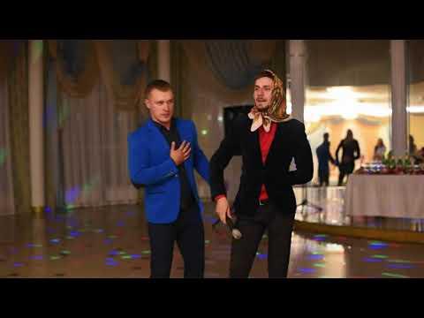 Отличия казахских и русских свадеб. Тамада жжет. Русский говорит на казахском.