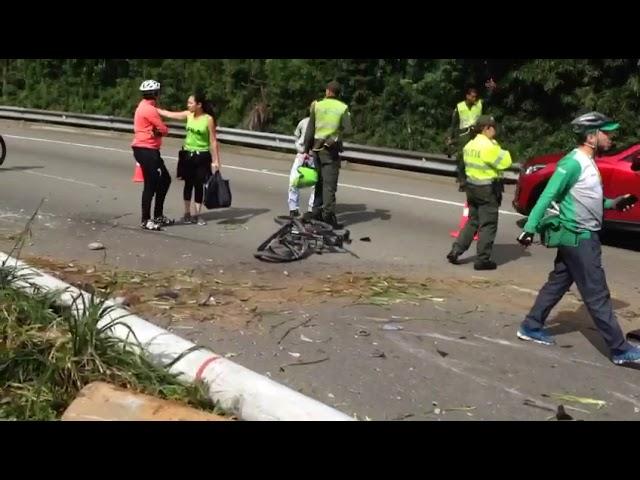 Accidente ocurrido en Las Palmas nos dejó personas lesionadas [Noticias] - Telemedellín