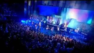 Hillsong - Rey Salvador (Saviour King Spanish Version)