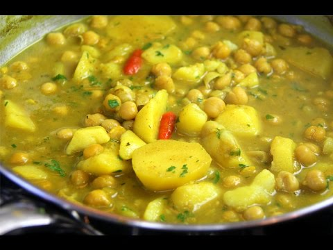 Curry Channa And Aloo (chickpeas with potato) vegetarian & gluten free - Chris De La Rosa