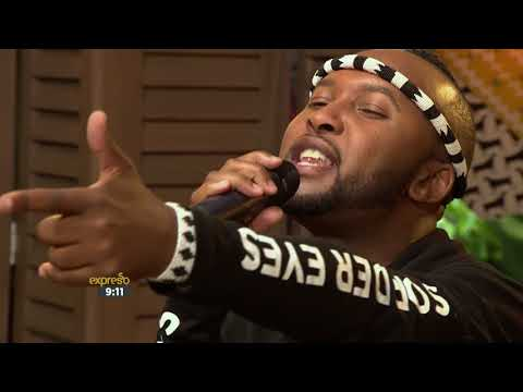 "Vusi Nova performs ""Ndimfumene"""