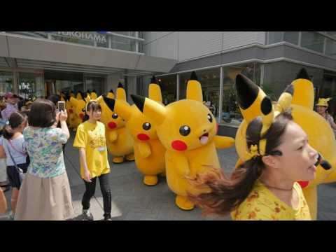 Videowalk in Pikachu town - MinatoMirai of Yokohama