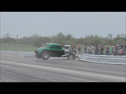 Street Outlaws Chuck death trap vs a Hot Rod at No Prep Mayhem