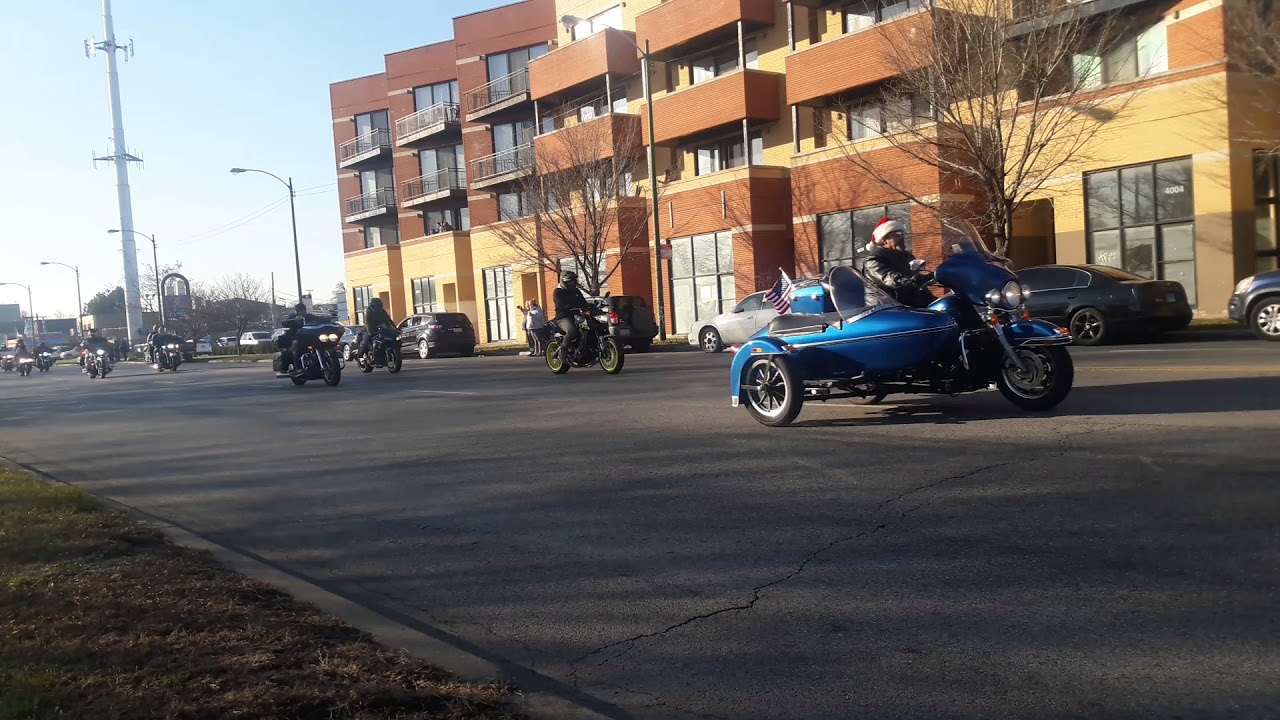 2017 Chicago Toys For Tots : Toys for tots motorcycle parade youtube