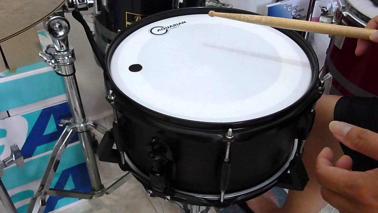 drumclip demo regular size clip on 12x5 snare drum youtube. Black Bedroom Furniture Sets. Home Design Ideas