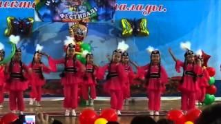 Казахский танец(, 2013-05-20T09:15:37.000Z)