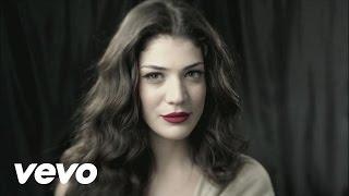 Ivi Adamou - La La Love