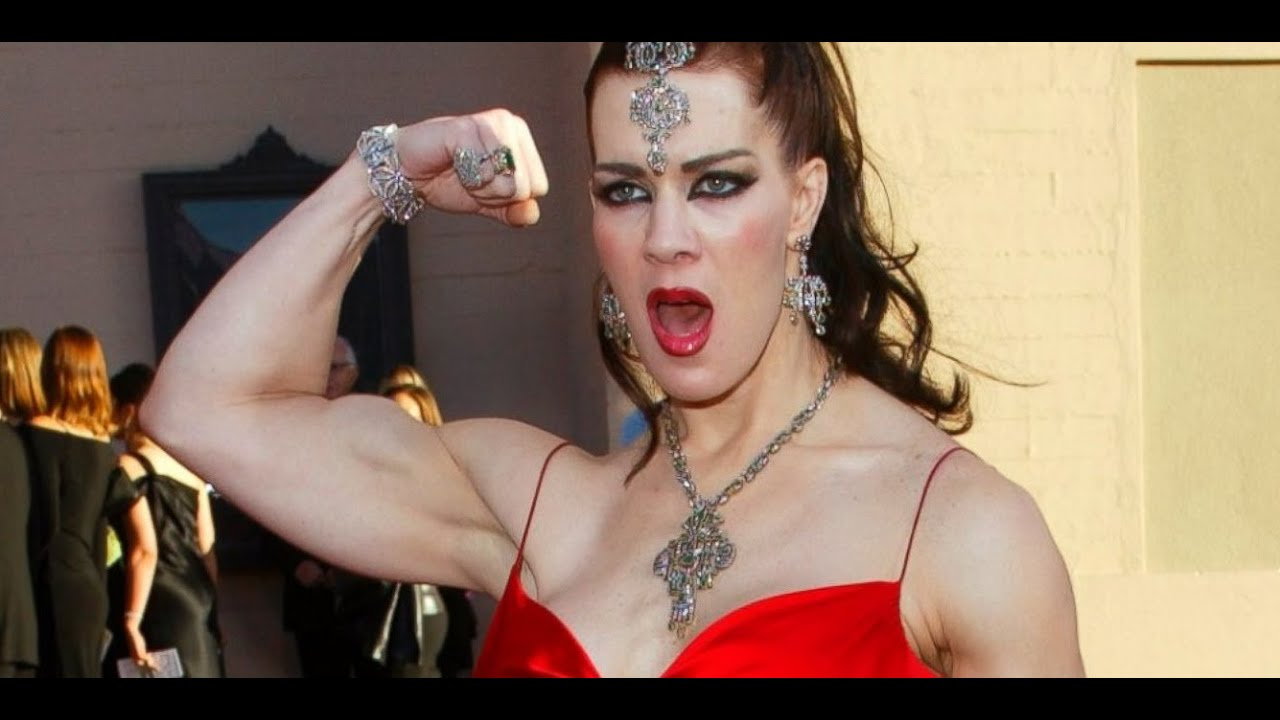 Chyna Dead At Age 45 Wwe Star Joan Laurer Remembered