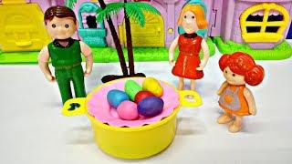ليلى لونت البيض في شم النسيم و راحت الحديقة مع بابا و ماما l يوميات ليلى