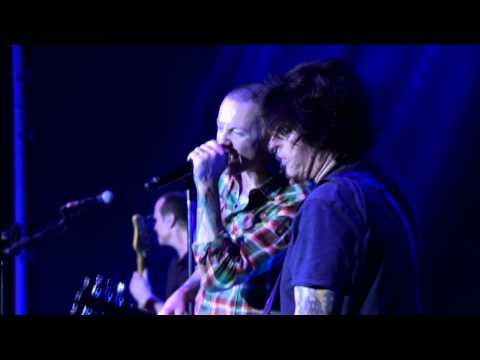Stone Temple Pilots (with Chester Bennington) - Wicked Garden (Hard Rock Live 2013) HD
