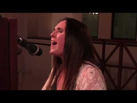 Sandi Thom - Hallelujah (Leonard Cohen Cover)