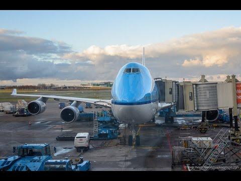 KLM PMDG 747-400 V3 Approach And Landing At BIKF  With Windows 10 Creators Version
