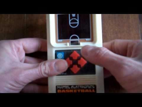 Mattel Electronics Handheld Games || Basketball (1978)