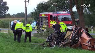 Nederlandse man (19) op slag dood door botsing tegen boom in het Duitse Wilsum
