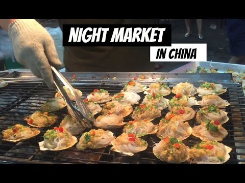 NIGHT MARKET IN CHINA