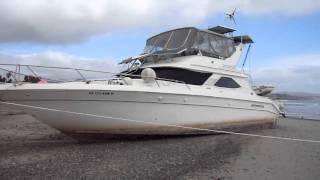 Still Running?! - Beached 44 Foot Sea Ray Boat at Doheny Beach 3-7-2011 - 250k Mistake