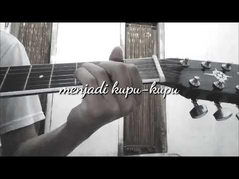 Instrumen Akustik Dan Subtitel Lagu (Kepompong-Sind3ntosca)