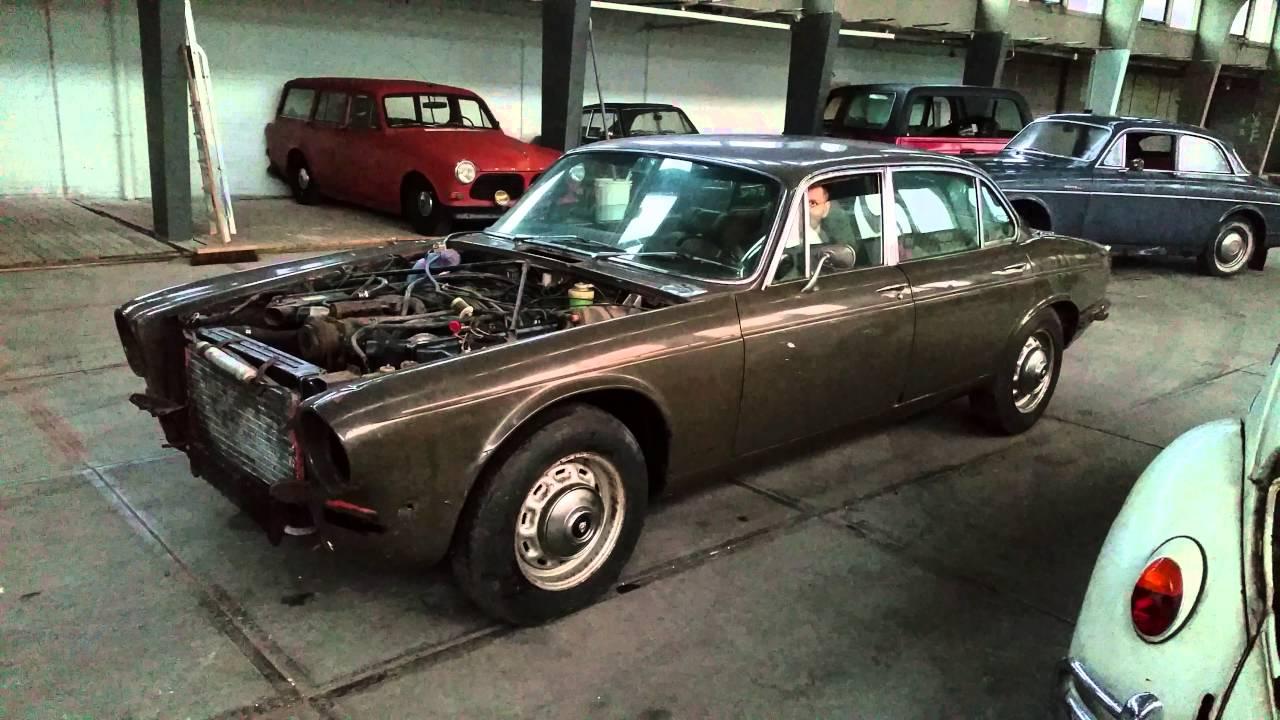 1974 Jaguar xj12 5.3 lwb no exhaust - YouTube