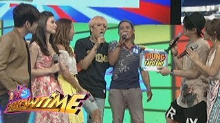 Video It's Showtime: Vice and Vhong help a contestant download MP3, 3GP, MP4, WEBM, AVI, FLV Juni 2017