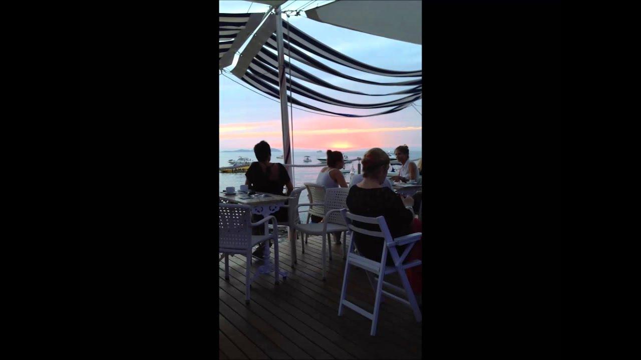 e0d4752b092a イビサ島「カフェ・デル・マール」で世界一のサンセットを! | スペイン | LINEトラベルjp 旅行ガイド