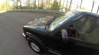 Review for 2001 Chevrolet S-10 4x4 test-drive part 1 small Chevy pick-up truck