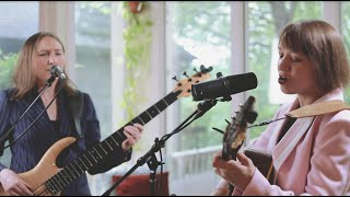 """King Margo - """"A Good Woman"""" // Treehouse Session"""