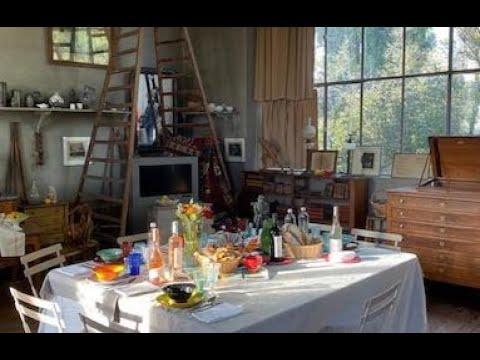 A La Table De Paul Cezanne Les Carnets De Julie Youtube
