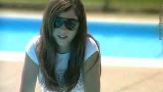 a Dove film - Girl's self-esteem