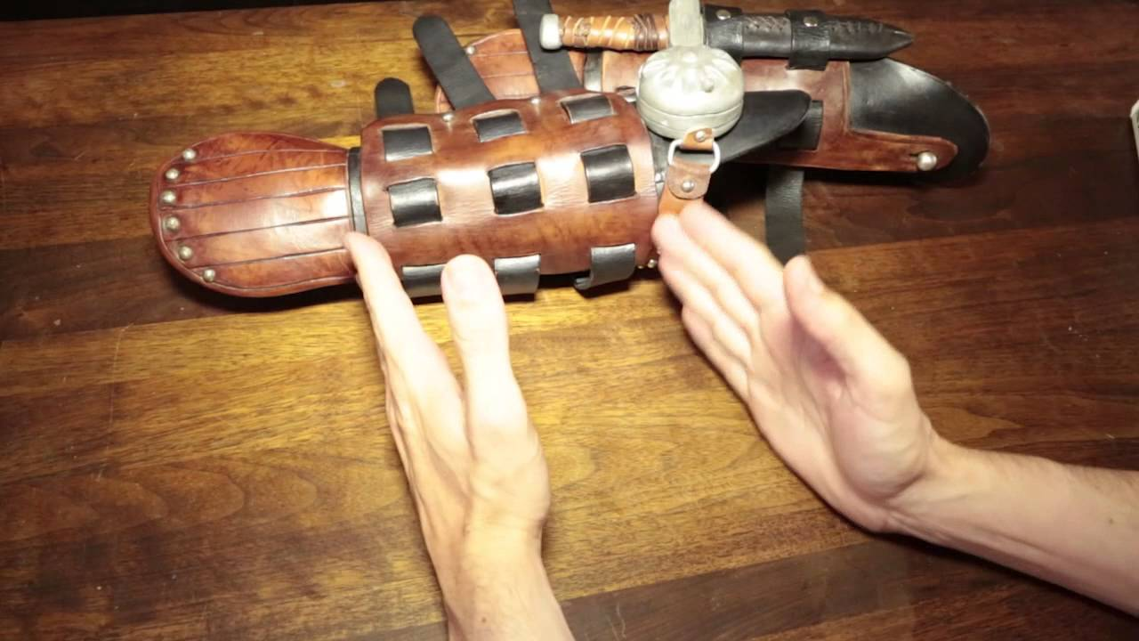 How to train your dragon 2 hiccups bracers youtube how to train your dragon 2 hiccups bracers ccuart Gallery
