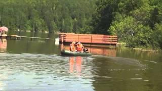 Моторная лодка SeaLine 2-290 (жесткий транец, реечная слань). Спуск на воду(На видео представлена моторная лодка SeaLine 2-290 (жесткий транец, реечная слань) на воде., 2015-06-03T12:45:20.000Z)
