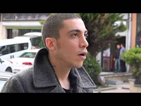 Can Bonomo | Apartman Sohbetleri