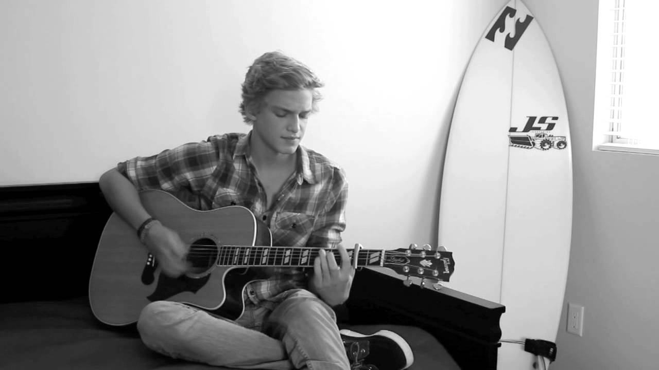 Cody Simpson - Taylor (Jack Johnson) Acoustic