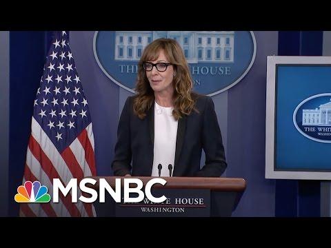 Allison Janney Surprises Press At White House Briefing | MSNBC