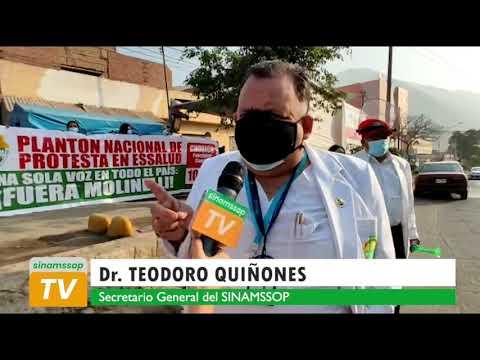 TEODORO QUIÑONES  ESSALUD ES UN CAOS GENERAL MIENTRAS MOLINELLI BAILA TIC TOC HACIENDO EL RUDICULO