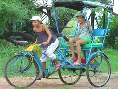 Tourist riding rickshaw at Bharatpur, Rajasthan