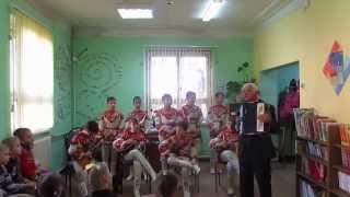 Фрагменты выступления ''Нижегородских ложкарей'' в библиотеке им. К. Симонова