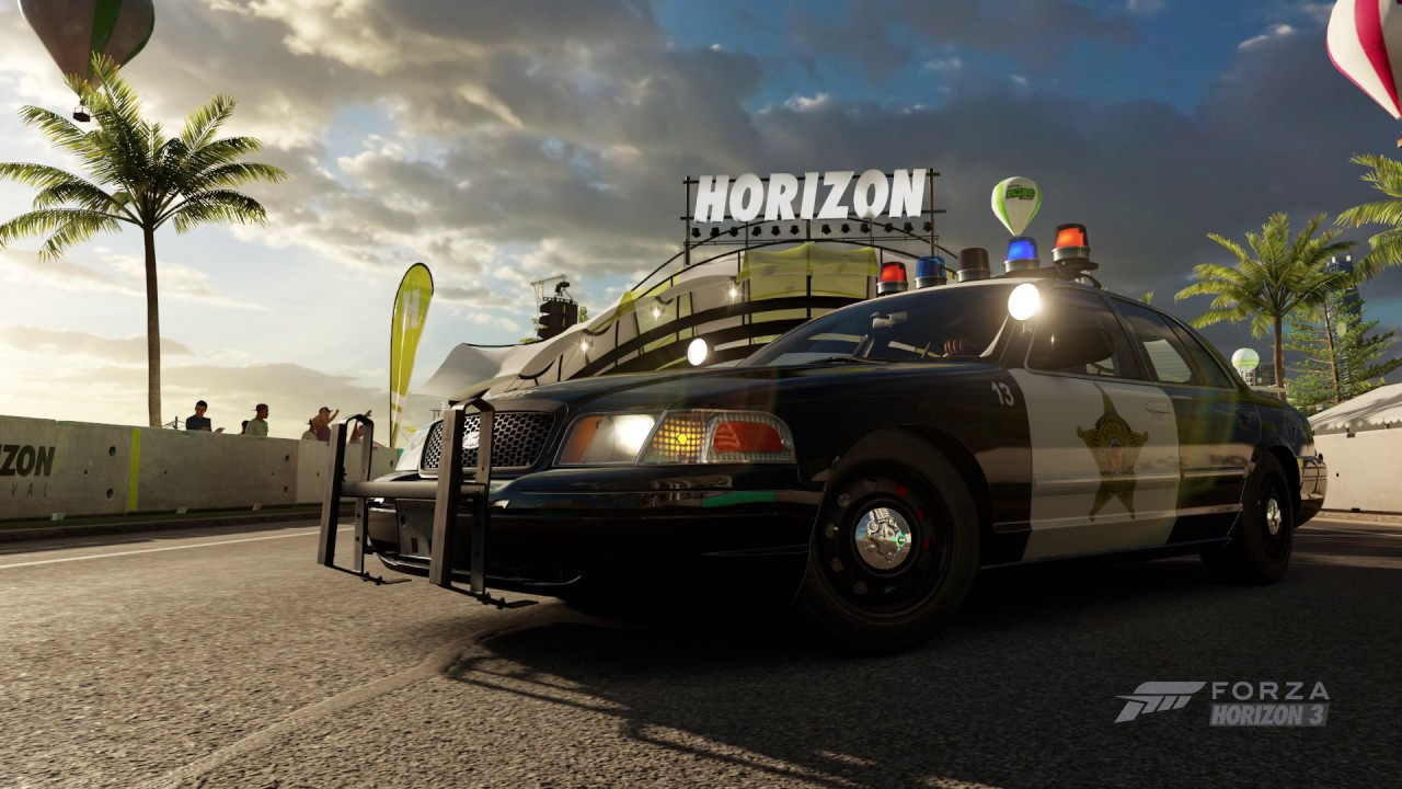 Forza horizon 3 gameplay ford crown victoria intercept