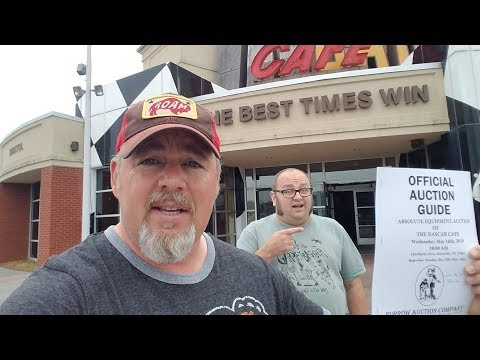 Abandoned NASCAR Cafe - Treasure & Mold w/ Jacob The Carpetbagger