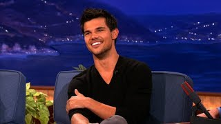 Taylor Lautner gets swarmed by fans everywhere he goes, that's why ...