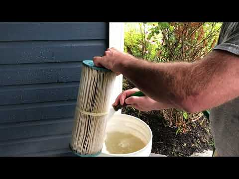How to clean the pool filter