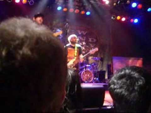new-found-glory-truck-stop-blues-live-cleveland,-ohio
