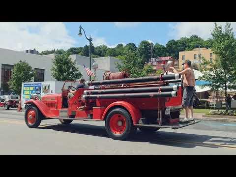 Brookville car show 2018 fire truck siren