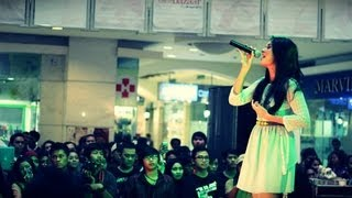 Raisa @ Mall Artha Gading_21 April 2013