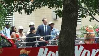 @Donniewahlberg filming #bluebloods on the NY Sight Seeing bus